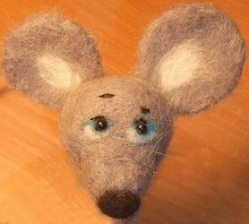 валяние на каркасе, валяная мышка, войлок